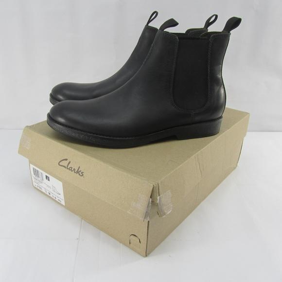 Clarks Men's Hinman Chelsea Boots (Black Leather)